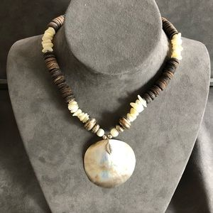 Vintage Shell Choker/Necklace, silver accent